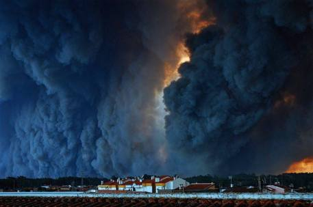 _fires_Iberia_VieiradeLeiriaPortugal_JoaoMourinho
